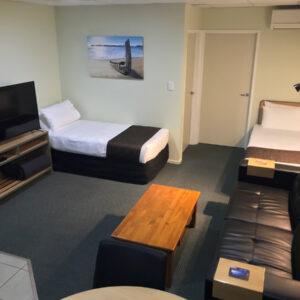 One Bedroom Lounge (Ground Floor)