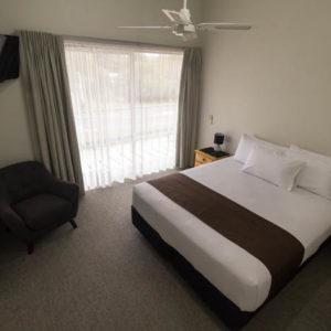 Executive Suite – Master bedroom